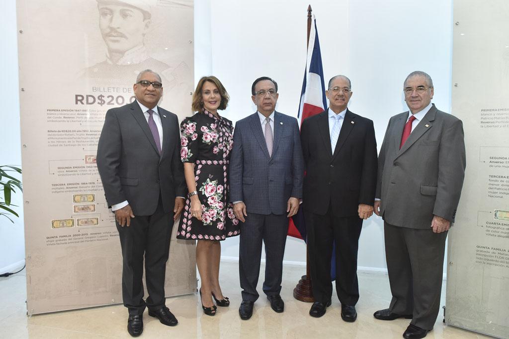 Ervin Novas Bello, Clarissa de la Rocha de Torres, Héctor Valdez Albizu, José Alcántara Almánzar y Manuel García Arévalo